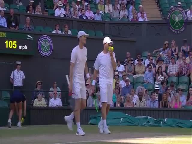 Beckham Steals the Show at Wimbledon
