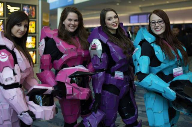An All-Girl Halo Cosplay Group That Totally Kicks Ass
