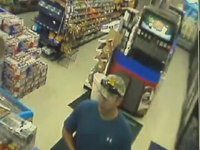 Firefighter Single-Handedly Brings an Armed Robber to His Knees
