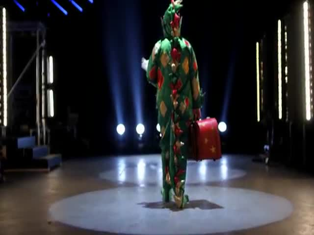 Piff the Magic Dragon Is Back with Some More Tricks Up His Sleeve