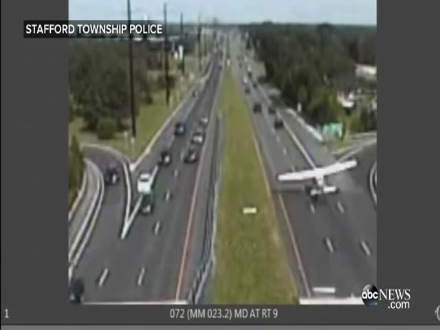 Small Plane Makes Emergency Landing on Highway Overpass