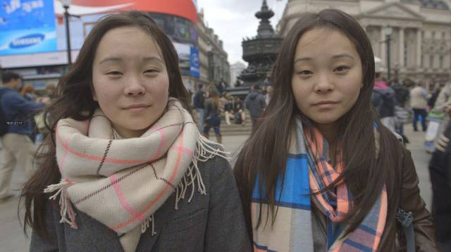 The Internet Reunites Identical Twins after 25 Years Apart