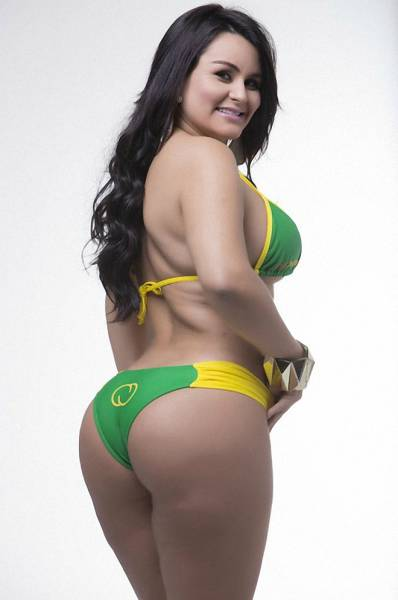 Bootylicious Contestants of Miss Bumbum 2015