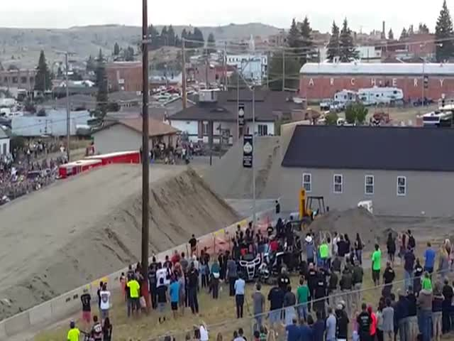 Semi-Truck Sets a New Record with this Effortless 166ft Jump