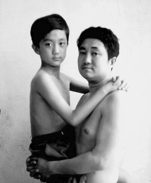 A Father and Son Photo Story over 30 Years