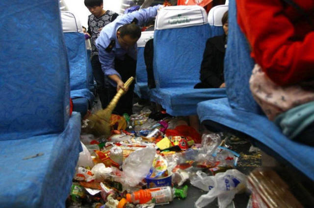 Trains Become Giant Trash Receptacles During the Chinese New Year Rush