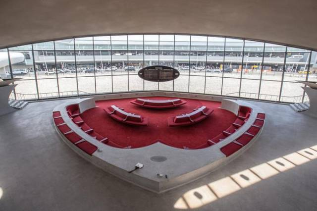 A Neglected Airport Terminal That Is Already Half a Century Old