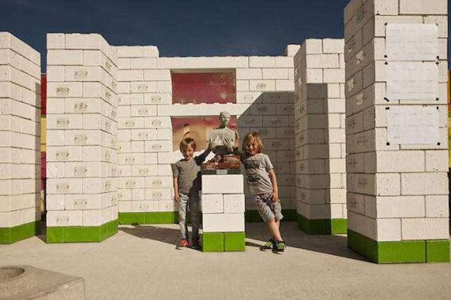 Life-Size Lego Blocks That Will Change the Face of Disaster Relief Worldwide