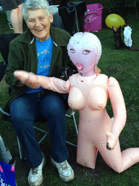 Elderly People Prove They're Never too Old to Have Some Fun