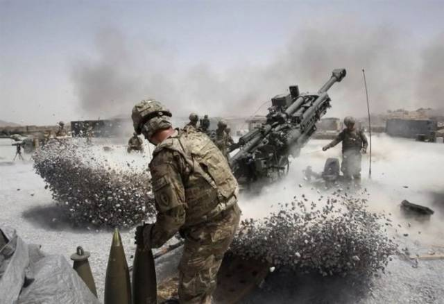 Military Photos Taken at the Exact Right Moment