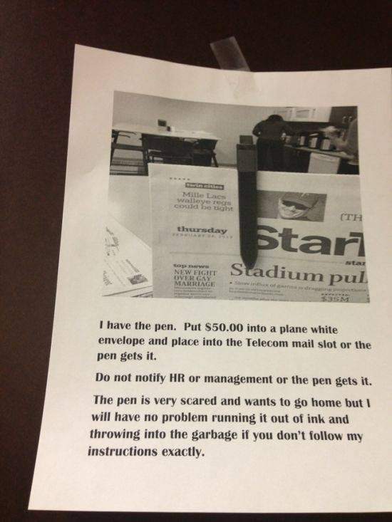 Hilarious Office Notes Between Witty Colleagues
