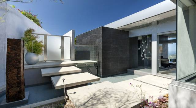 A Luxury Designer Home That Is the Height of Modern Sophistication