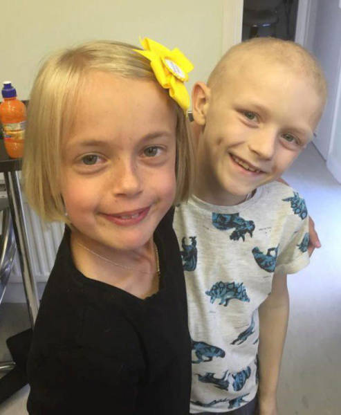 "Kind 9 Year Old Girl Does Something Selfless for Her ""Boyfriend"" with Cancer"