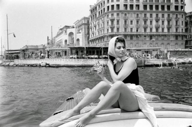 Sophie Loren Is the Epitome of Old-world Glamour in Vintage Snaps