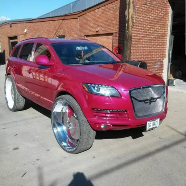 How to Turn a Sleek Audi Q7 into a Banging Ghetto Car