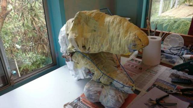 An Awesome Home Built T-Rex Head