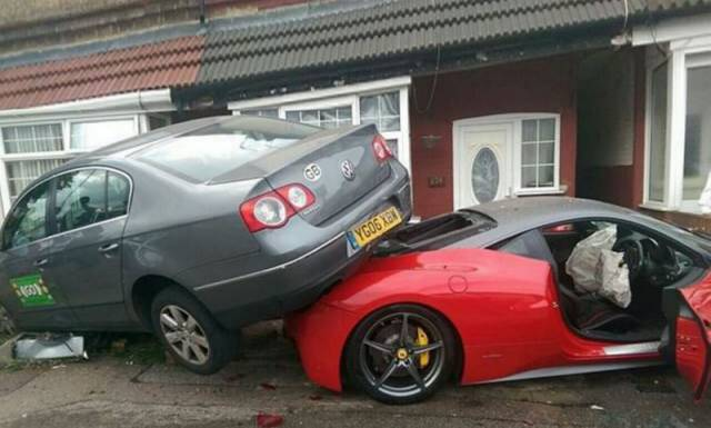 Dude Crashes a Rented Ferrari and Totally Destroys It in the Process