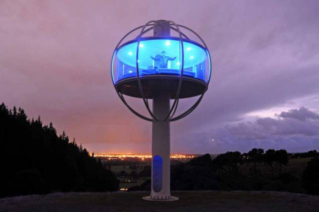 This Awesome Self-built Sky Dome Is the Coolest Man Cave Ever