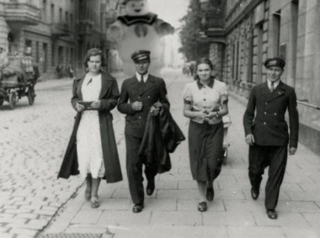 Vintage Black and White Photos Get a Movie Star Makeover