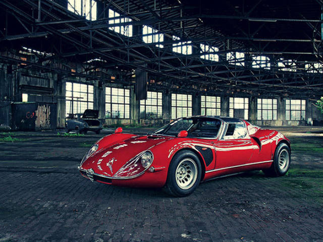 Stunning Classic Cars That Car Lovers Will Go Crazy about