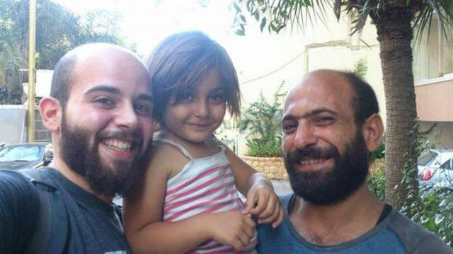 Syrian Refugee Gets an Unexpected Windfall from Generous Strangers