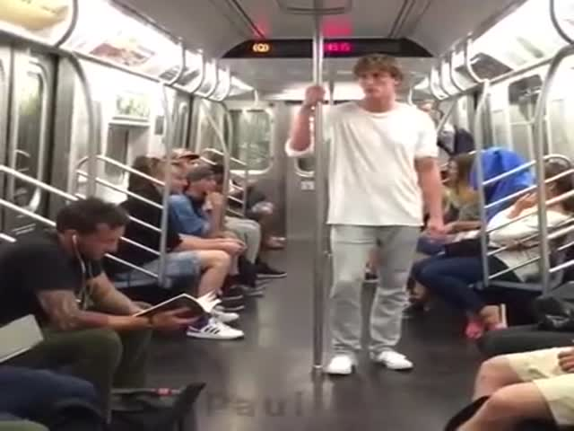 Guy Gets His Splitting on in the Streets of New York City