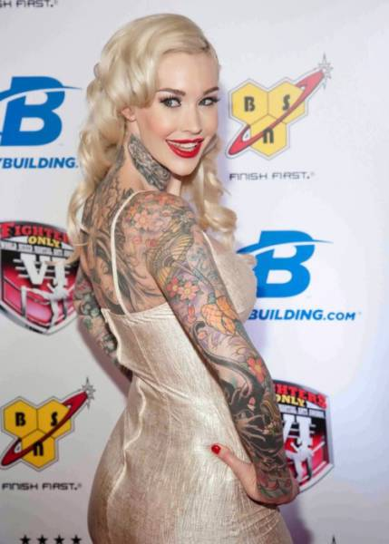 2015's Hottest and Most Hardcore Tattoo Models