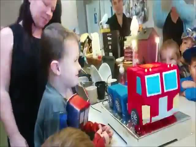 This Boy's Birthday Cake Is Super Cool