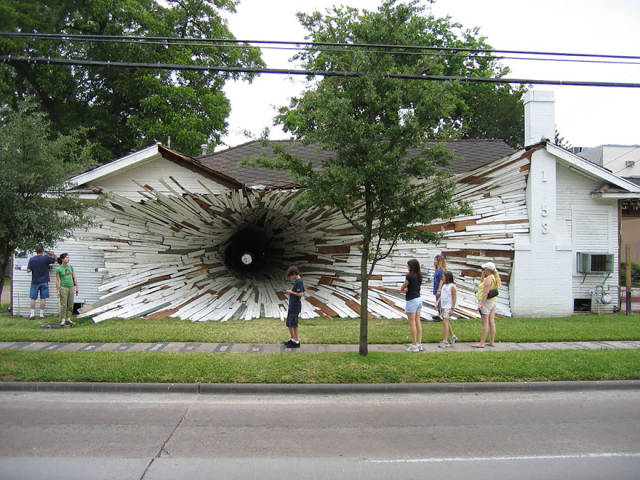 Amazing Photos That Have Really Not Been Photoshopped