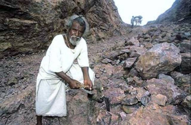 """The True Tale of India's Own """"Mountain Man"""""""