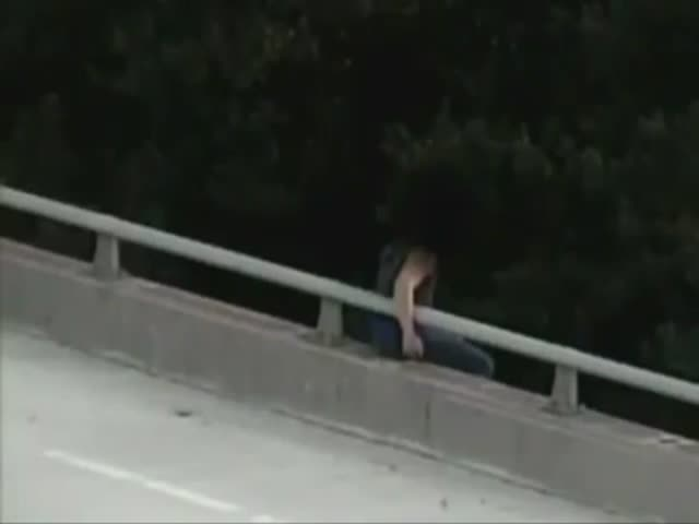 Caring Cops Saves a Man from Suicide and Then Gives Him a Long Hug