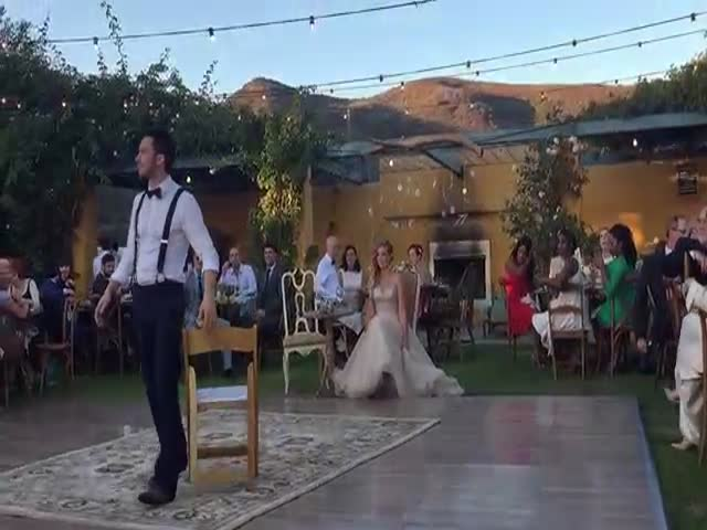 This Magic Couple Add Some Levitation Trickery to Their First Wedding Dance