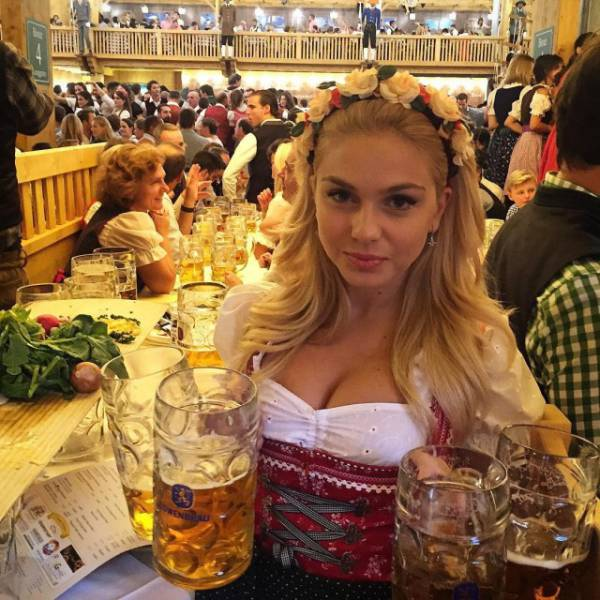 Moments Captured at Oktoberfest