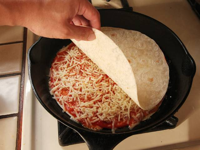 """The """"Pizzadilla"""" Is the Best Hangover Food in the World"""