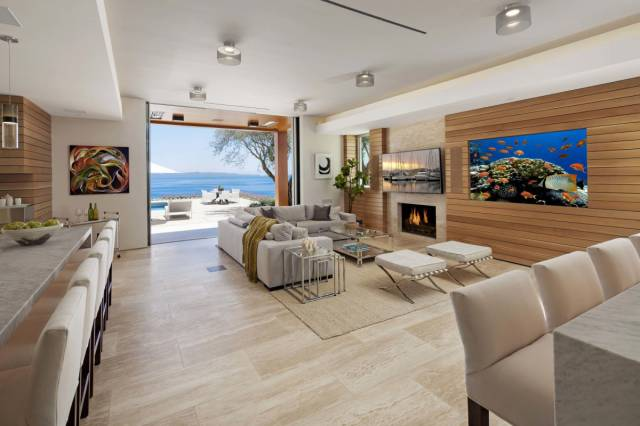 """Top of the Range """"Smart Home"""" for Sale by the Former Head of Apple"""