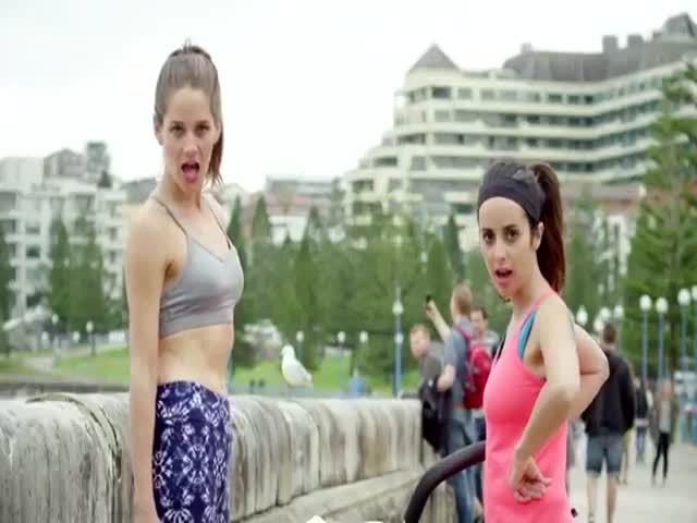 An Hilarious Mockery of Women Who Wear Active Wear as Everyday Fashion