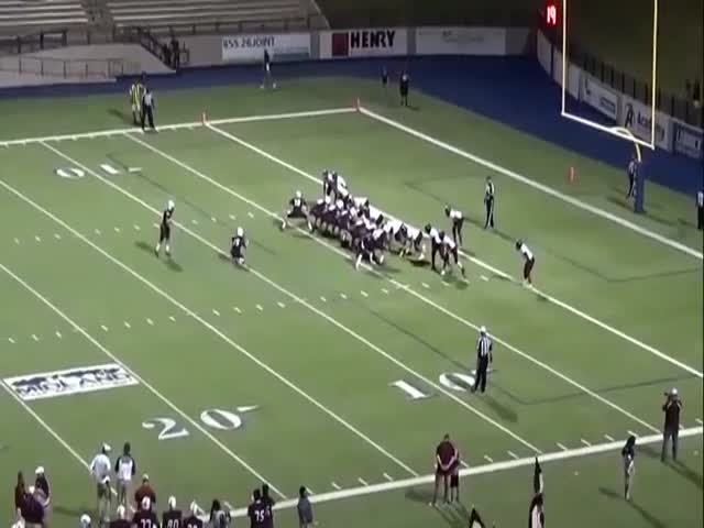 Midland Lee Kicker Nails Referee, Ball Still Goes In