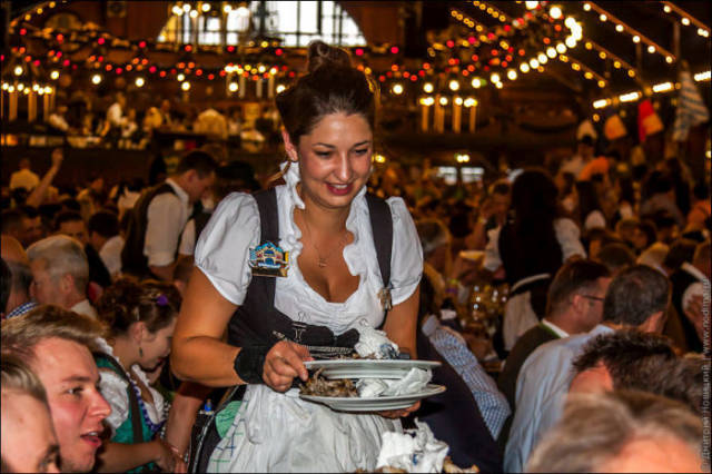 What Oktoberfest Waitresses Look Like in Your Head vs. How They Look in Reality