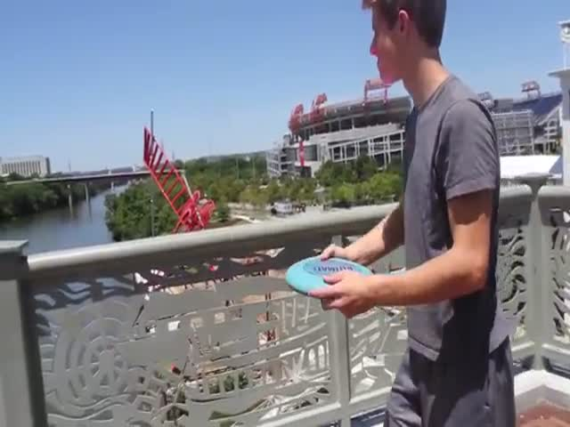This Bridge Frisbee Throw Is Totally Kick Ass