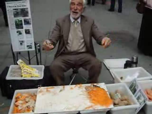 This NYC Salesman Is Really Good at His Job