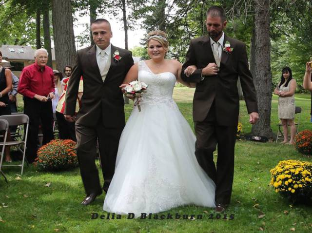 Father of the Bride Does Something Extraordinary on His Daughter's Wedding Day
