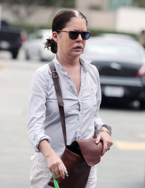 Lara Flynn Boyle Looks Nothing Like Her Former Self