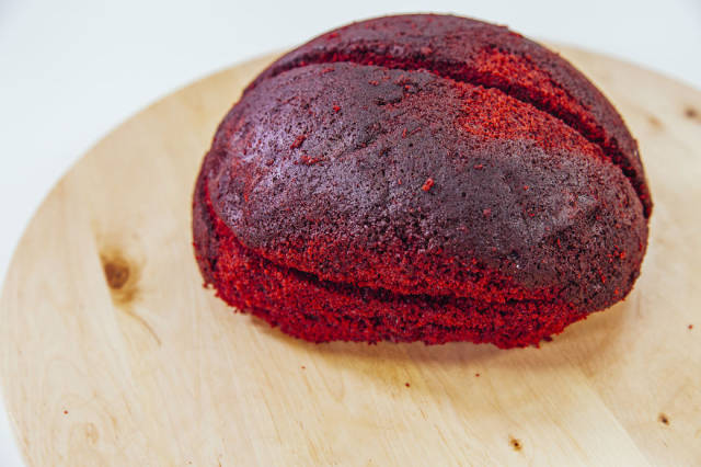 A DIY Guide to Making a Perfect Red Velvet Brain Halloween Cake