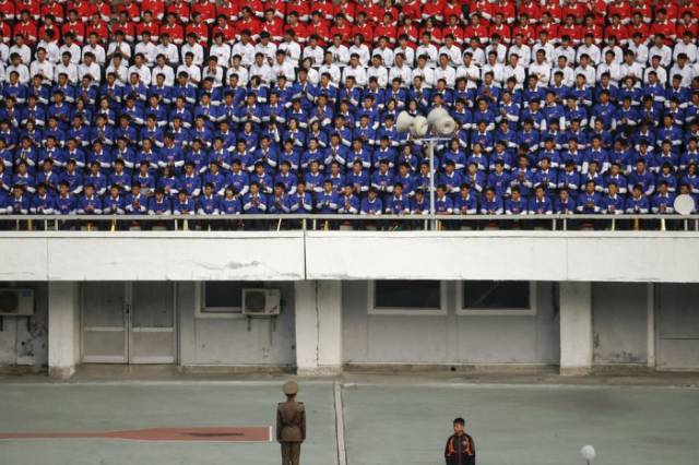 Candid Pics of Daily Life in North Korea