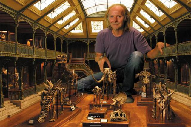 This Man Has an Amazing Collection of Miniature Worlds