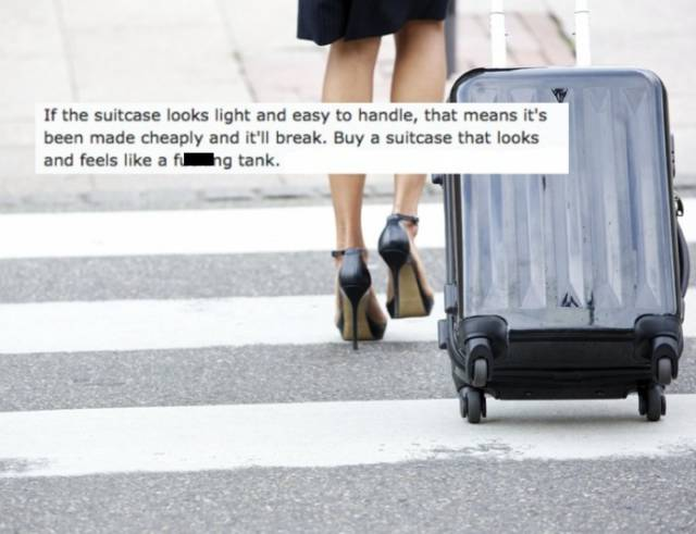 Baggage Handlers Share Their Advice On How to Protect You Luggage while Travelling