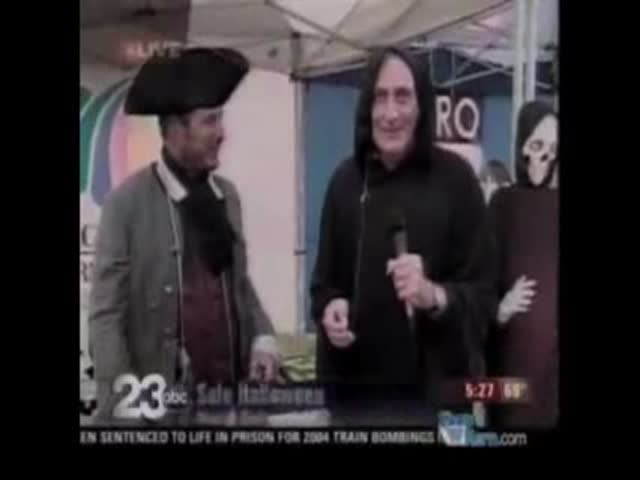 Hilarious Halloween News Bloopers That We Are So Glad Someone Caught on Camera