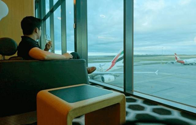 Lucky Traveller Took a $60,000 First Class Emirates Flight for $300 Due to a Simple Loophole in the System