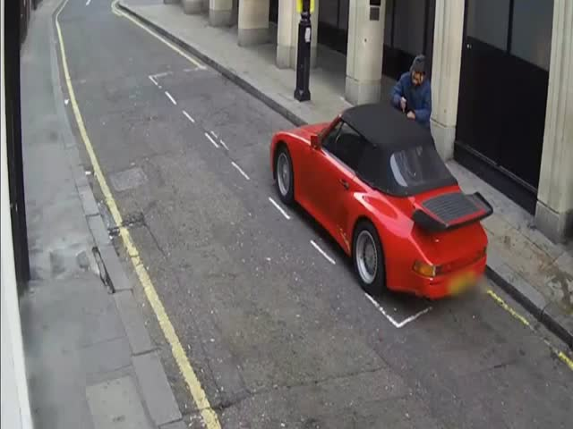 Car Thief Uses Inventive Method to Break into a Locked Porsche