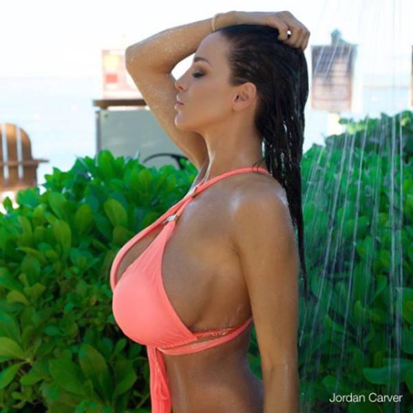 Jordan Carver Is One Big Breasted Lady